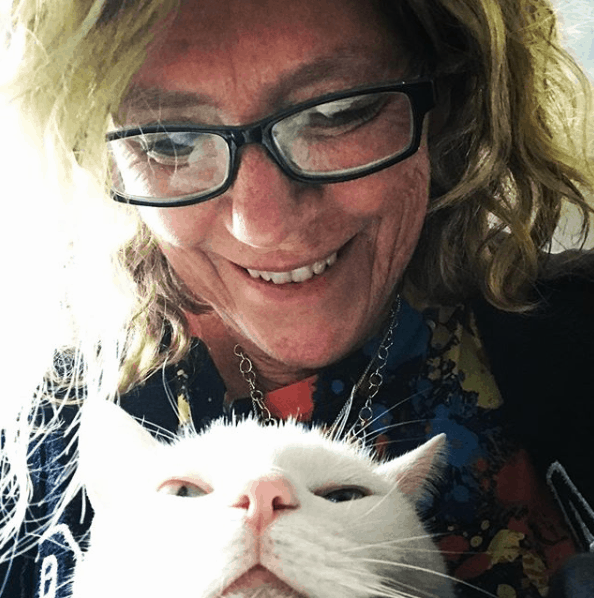april murphy and her cat
